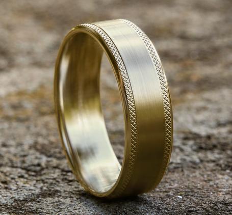 Ring THE TITAN
