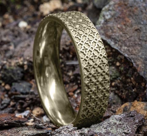 Ring THE VULCAN